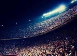Enlace a Echamos de menos ver el Camp Nou así