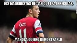Enlace a Özil en la primera parte en Liverpool