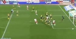 Enlace a GIF: Golazo de Verza al Atlético
