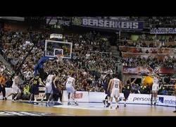 Enlace a VÍDEO: Así es cómo Llull da la victoria al Real Madrid Baloncesto