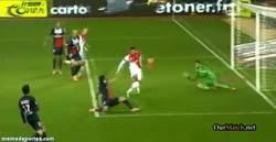 Enlace a GIF: El Autogol de Thiago Silva que le dio el empate al Monaco