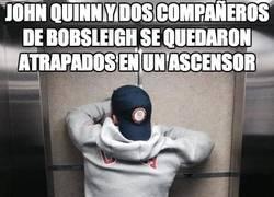 Enlace a John Quinn y dos compañeros de Bobsleigh se quedaron atrapados en un ascensor