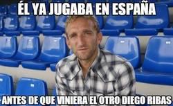 Enlace a Él ya jugaba en España