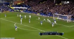 Enlace a GIF: Lukaku vuelve a marcar y le da la victoria al Everton