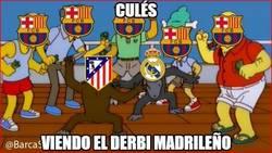 Enlace a Culés viendo el derbi madrileño