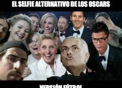 Enlace a El selfie alternativo de los Oscar por @llourinho
