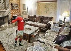 Enlace a Rooney tras firmar su nuevo contrato con el Manchester United