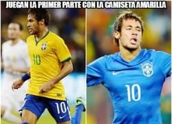 Enlace a Brasil se cambia la camiseta a la media parte #marketing