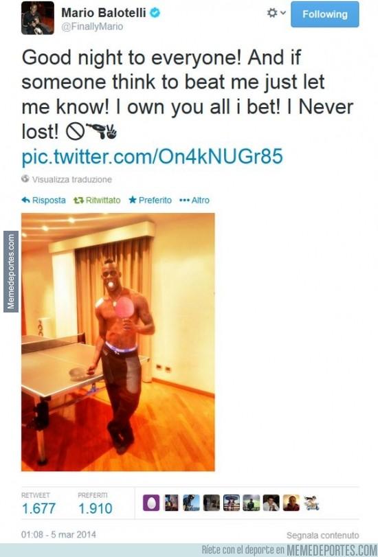 278258 - Está lesionado del hombro y sube una foto jugando al ping pong... Balotelli