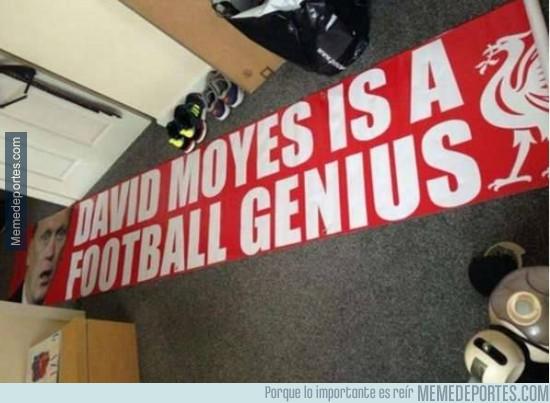 278507 - Los fans del Liverpool, amantes del troleo a Moyes