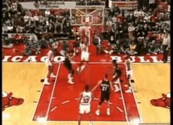 Enlace a [REMEMBER] Hay mates increíbles, y luego está este de Michael Jordan