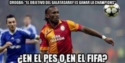Enlace a Drogba, ¿en el PES o en el FIFA?