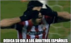 Enlace a Diego Costa dedica su gol a los árbitros españoles