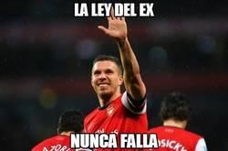 Enlace a Podolski empata el partido, la ley del ex nunca falla