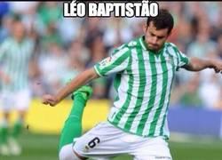Enlace a Léo Baptistão marca en Europa League y en Champions