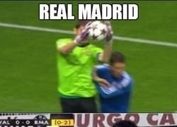 Enlace a El Real Madrid y su afición por lesionarse entre ellos