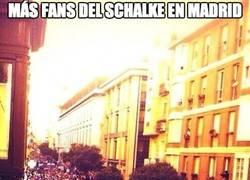 Enlace a Más fans del Schalke en Madrid