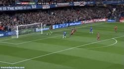 Enlace a GIF: El gol de Eto´o al Galatasaray, talismán en casa