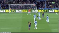 Enlace a GIF: Iniesta - Messi, Messi - Iniesta, la dupla ganadora del Barça los últimos partidos