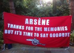 Enlace a Los fans del Arsenal empiezan a estar hartos de Wenger