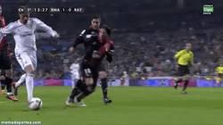 Enlace a GIF: Gol de Cristiano, el que nunca falla, al Rayo