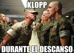 Enlace a Klopp durante el descanso