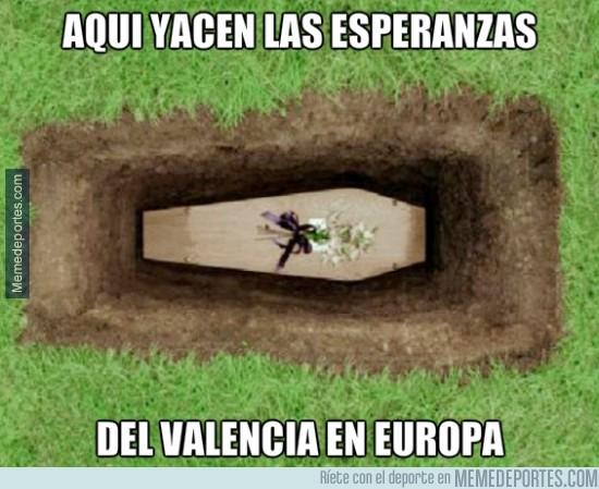 293173 - Un minuto de silencio por el Valencia