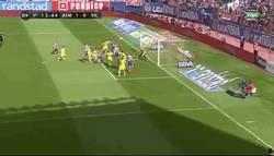Enlace a GIF: Gol de Raul García al Villarreal