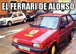 Enlace a Alonso preparado con su Ferrari en Bahrein