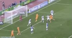 Enlace a GIF: Sí amigos, Pepe se apunta al festival goleador