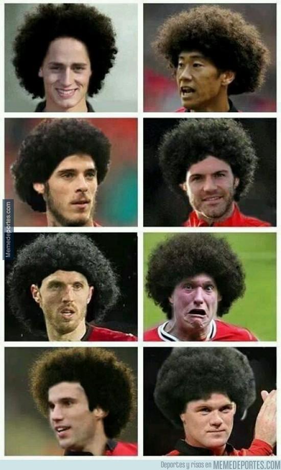 294408 - Fellaini le recomendó un nuevo peluquero a sus compañeros. Éste fue el resultado