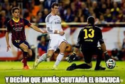 Enlace a Bale no irá al mundial pero al menos ha marcado un gol con su balón. It's something
