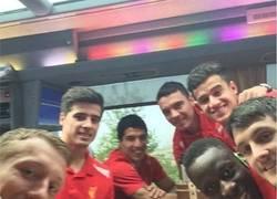 Enlace a Selfie del Liverpool tras la victoria ante el Norwich