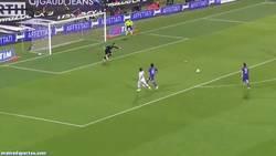 Enlace a GIF: El fail de la semana es para Gervinho, en el Fiorentina-Roma