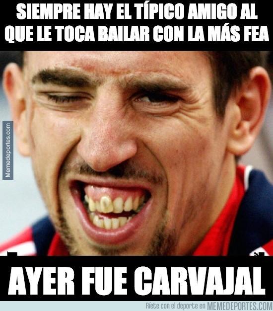 304909 - A Carvajal lé tocó bailar con la más fea