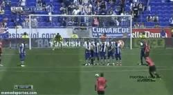 Enlace a GIF: Golazo de falta de Suso al Espanyol