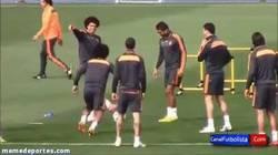 Enlace a GIF: El caño-humillación de Pepe a Marcelo