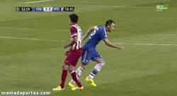 Enlace a GIF: El Atlético ganó y eso que había un francotirador en Stamford Bridge
