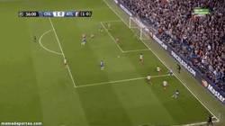 Enlace a GIF: Aunque le duela, gol de Torres al Atlético
