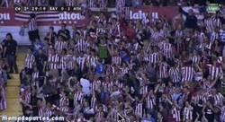 Enlace a GIF: Fiesta en Vallecas. El Athletic vuelve virtualmente a la Champions
