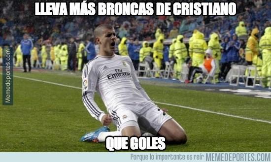 314748 - Lleva más broncas de Cristiano que goles