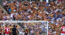 Enlace a GIF: Éste fue el golazo que se cascó Cazorla en la final de la FA Cup