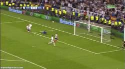 Enlace a GIF: Gol de Bale en la prórroga. ¿Así amortizamos los 100 millones?