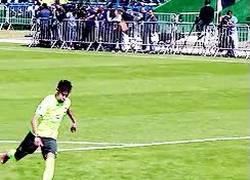 Enlace a GIF: Neymar y su técnica para tirar penaltys