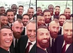 Enlace a Hay chops currados y luego está éste del selfie de Portugal #todossomosmeireles