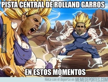 331807 - Pista central de Roland Garros en estos momentos