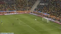 Enlace a GIF: Primer gol del mundial de Sudáfrica. ¿Quién hará el de este año?