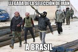 Enlace a Selección de Irán a su llegada a Brasil