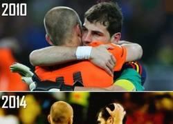 Enlace a Casillas consoló a Robben tras la derrota de Holanda. Ayer Robben hizo lo mismo