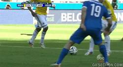 Enlace a GIF: Y con este gol, Colombia cierra la goleada a Grecia con un 3-0
